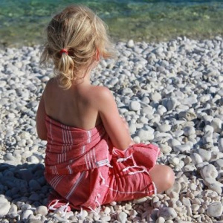 Perfect for kids - the Hammamas travel turkish towel