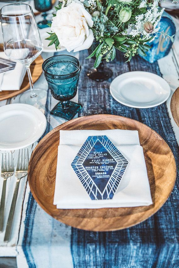 Table Setting by 100 Layer Cake-Sand + Sea Color Trend