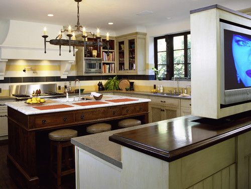 Mediterranean Classic - mediterranean - kitchen - los angeles - Tommy Chambers Interiors, Inc.
