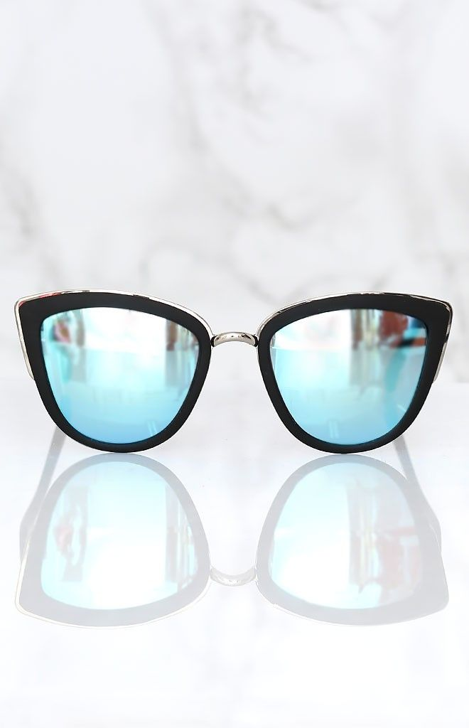 Quay My Girl Sunglasses Black | Beginning Boutique