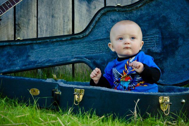 Дети с музыкой в голове: лучшие видео маленьких музыкантов