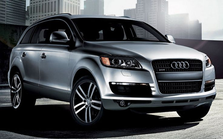 Audi q7 SUV -- WANT! Mostly because Christian has one, but also... umm.. I like the headlights? ^_^ JK! Fifty Shades - E L James
