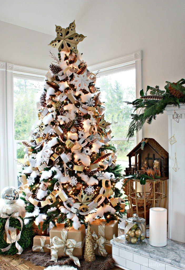 a paper and snow inspired christmas tree using neutral colors and touches of gold or silver easy and inexpensive decor idea for your tree - Inexpensive Christmas Trees