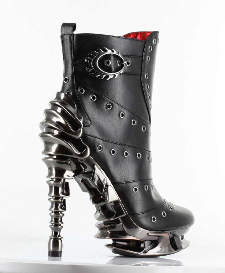 Raven Steampunk Boots - Chrome plated multi-piece spinal heel. Wish I had some place to wear these