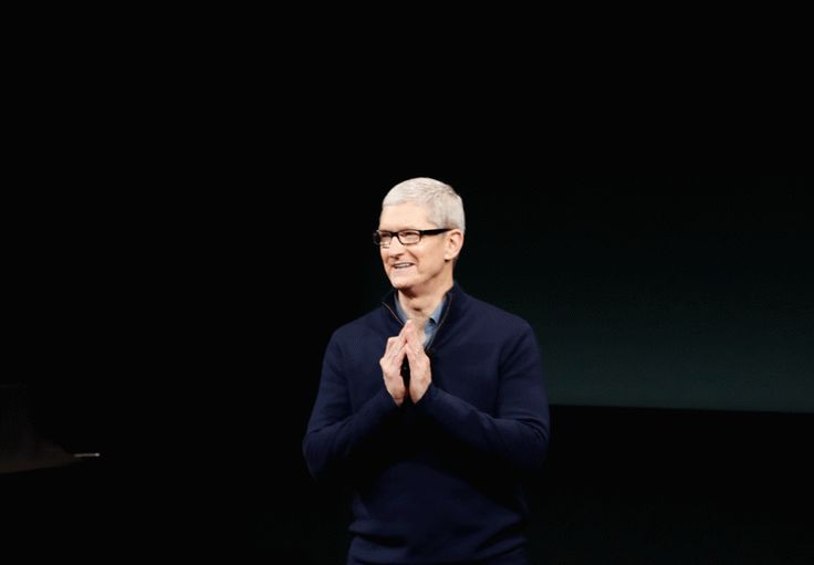 #Apple's Tim Cook Reacts to #DonaldTrump's Election http://fortune.com/2016/11/12/tim-cook-trump/