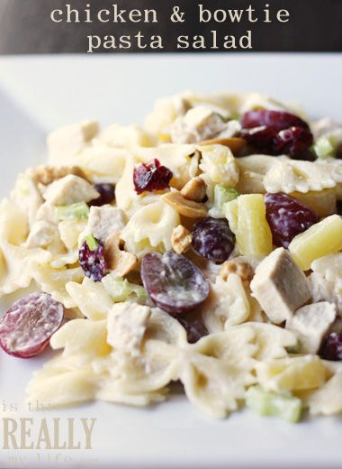 Chicken & Bowtie Pasta Salad -- perfect for summer and great for potlucks! #recipe #salad