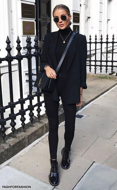 Woman All Black Outfits #woman #fashionoutfits #blackoutfit #fashiontrends #fash…
