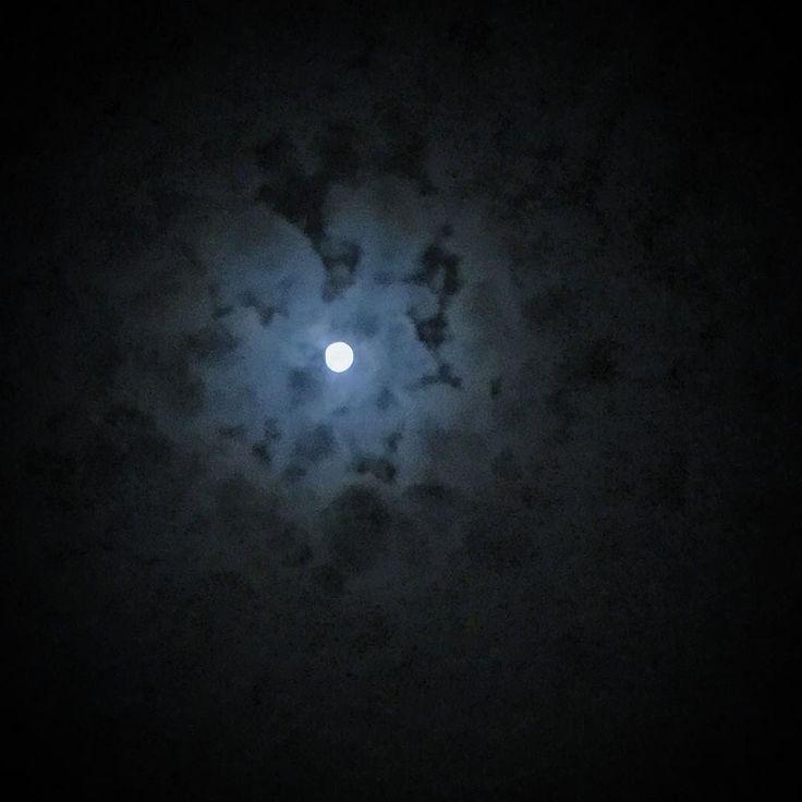 My Moon    #moon #sky #moonlight #blacksky #gravina #cloudyday #cloudy #night #notte #luna #nuvole #instamood