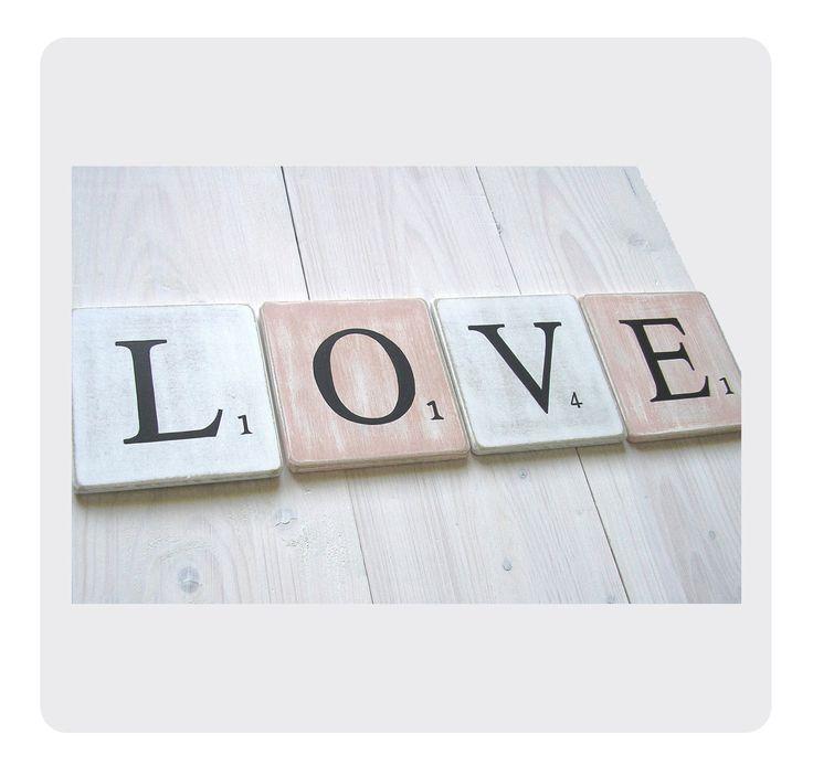 Lettres Scrabble à la commande en bois patiné format 10 x 10 cm - 6 € la lettre : Décorations murales par expression-deco