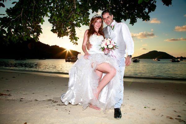 Mariage de Linda et Lannis, le 3 décembre 2014 dans le magnifique hôtel Constance Ephelia à Mahé, Seychelles  #Mariage #Seychelles #Plage