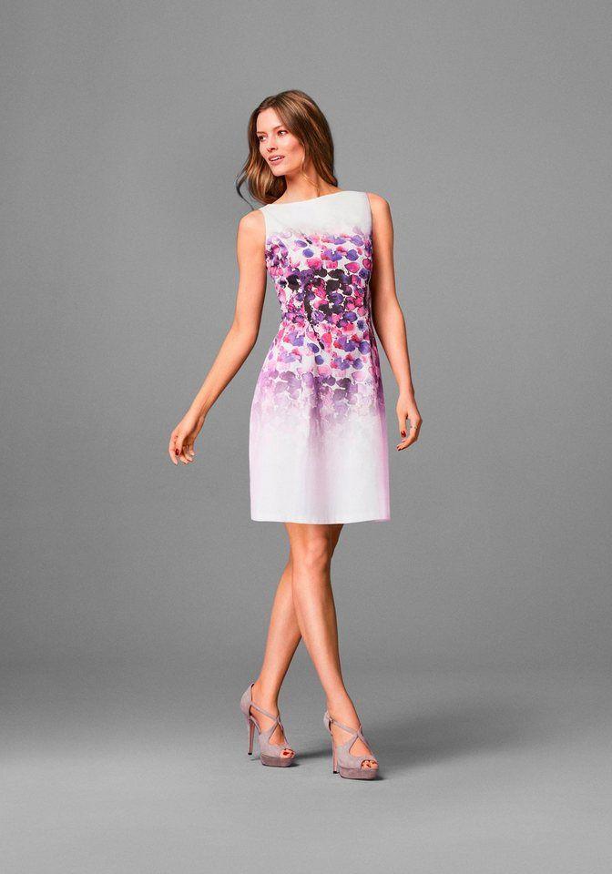 GUIDO MARIA KRETSCHMER Webkleid »SAKURA« für 149,90€. Elegantes Kleid von Guido Maria Kretschmer, Mit sommerlichem Print, Leicht ausgestellter Rockteil bei OTTO