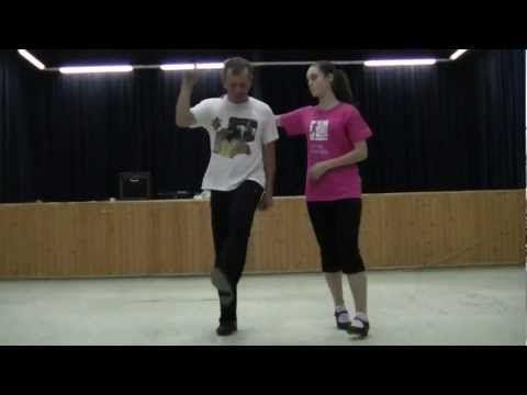 Kalotaszegi néptánc - YouTube