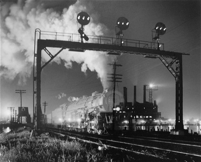 WINSTON Link-Ghost-Train.jpg 640×518 pixels best known for his classic, beautifully lit monochrome images of the now-vanished world of American steam railways in the 1950s.