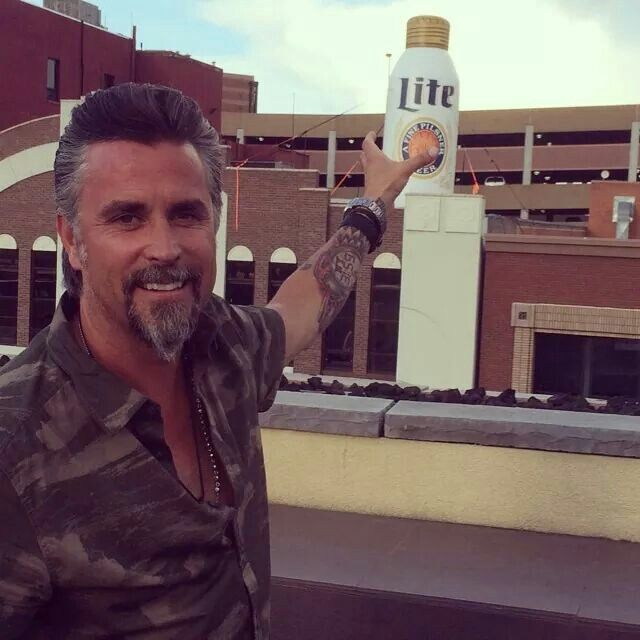 I have a little crush on this guy-Richard Rawlings from fast n loud