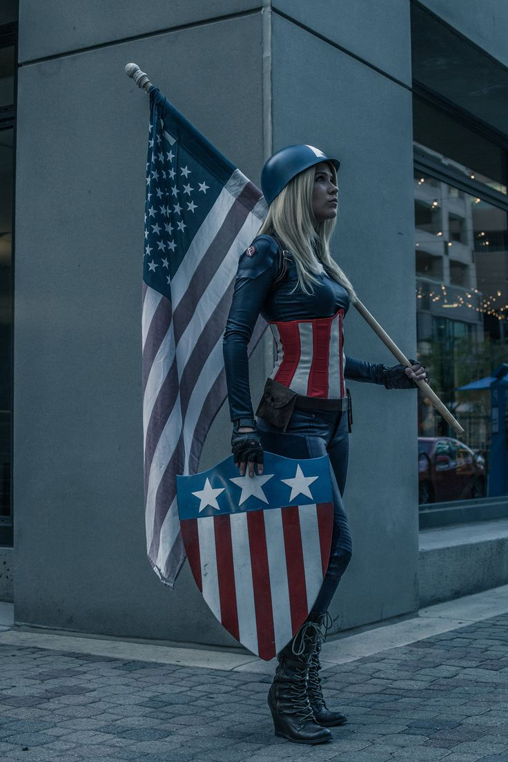Captain America Genderbend Cosplay | Marvel comics, Comic books, geek, costume