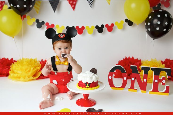 mickey mouse smash cake bryer studio 120 photography mickey 1st 5888
