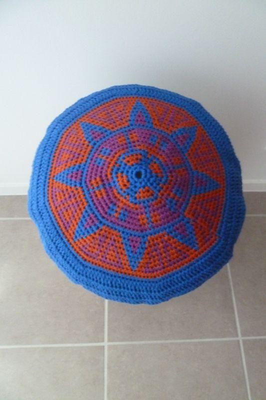 coussin, cojín, cushion tapestry crochet