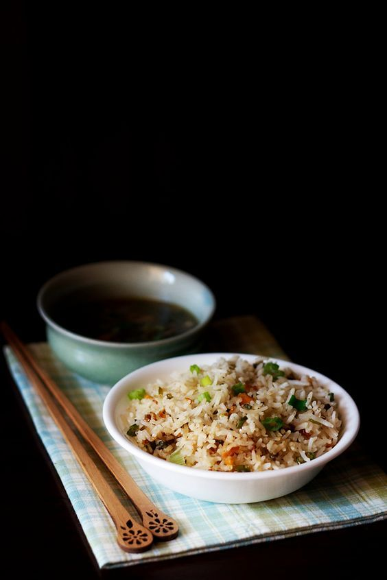 veg fried rice recipe - one of our favorite indo chinese recipe. i have kept this vegetable fried rice plain and simple to enhance the flavors of vegetables.