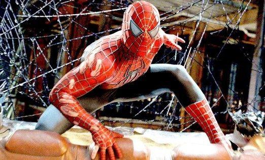 """Guarda: """"#SpiderMan picchia un passante a Times Square"""""""