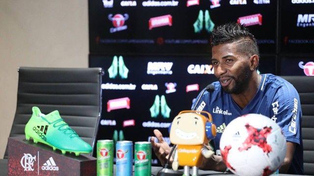 Rodinei diz que Fla pode confiar em Guerrero contra o Flu: Não queria estar marcando ele