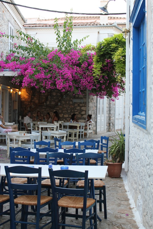 greek restaurant maybe i can find a restaurant with a back patio and do this - Blue Restaurant Ideas