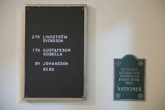 Nordiska museet, folkhemslägenheten. Sent 40-tal.  f-lght_trapphall_002_0.jpg