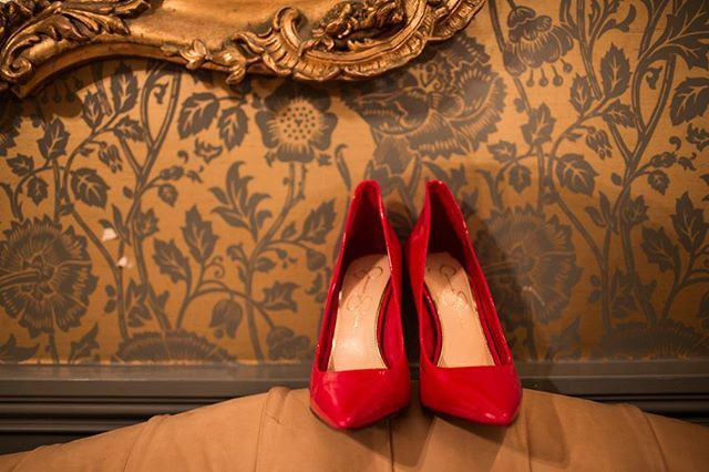 Love our bride's red heels for her wedding day at @dunbarhousewatsonsbay  #shoeinspo #heels #redheels #dunbarhouse #gmphotographics #wedding #love #professionalweddingphotography #weddingstyling #weddingphotography #instabride #sydneywedding #sydneyweddingphotography #wedded