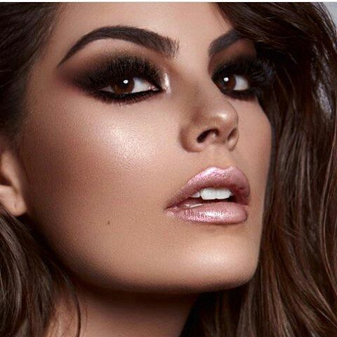 "121 Likes, 2 Comments - UN PARAISO DE REINAS (@unparaisodereinas) on Instagram: ""Nueva foto de Miss Universo 2010-Ximena Navarrete #XimenaNavarrete #MissUniverse2010…"""