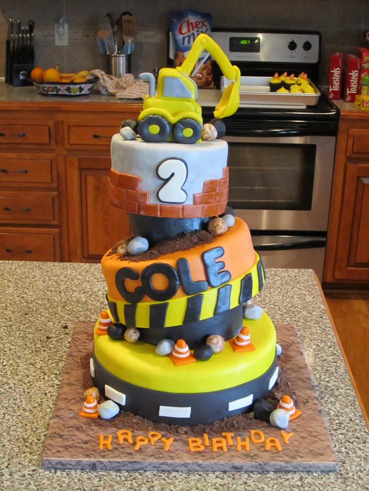 Construction Cake - This was my nephews birthday cake. Construction ...