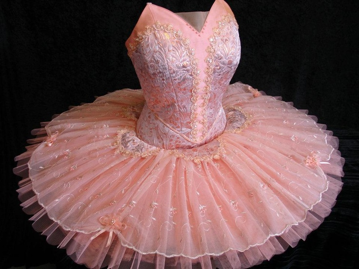 144 best Ballet-Costumes images on Pinterest | Ballet tutu ...