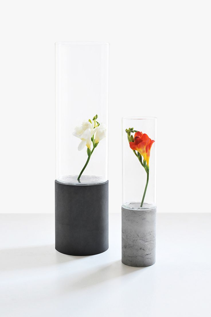Gravelli concrete vases, set of 2, in grey & anthracite variant.