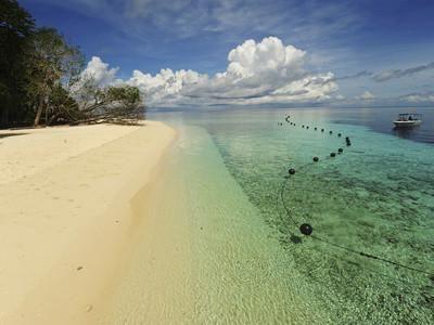 White Sand Beach, Semporna Archipelago, Sipadan, Malaysia Photographic Print by Anthony Asael at Art.com
