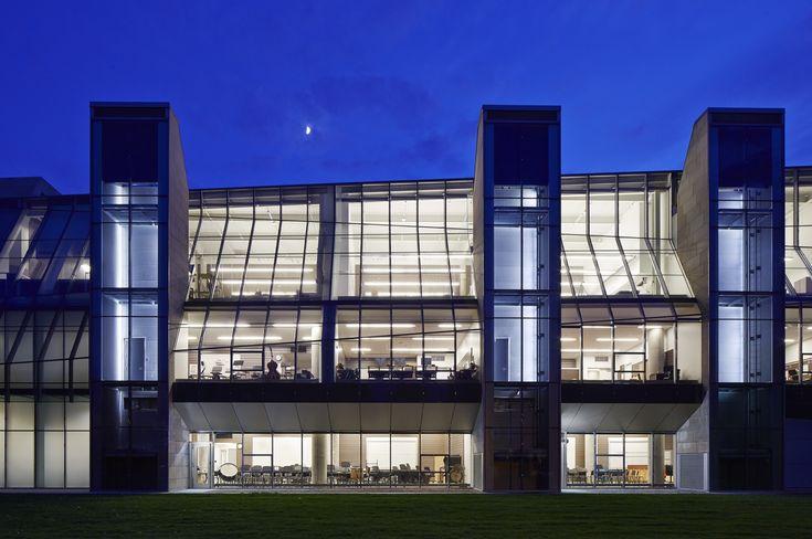 Gordon Parks Arts Hall / Valerio Dewalt Train Associates