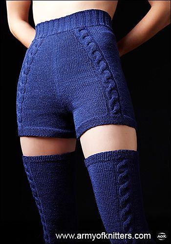 It must be mine #9, shorts et leggings | Sakiko Jones