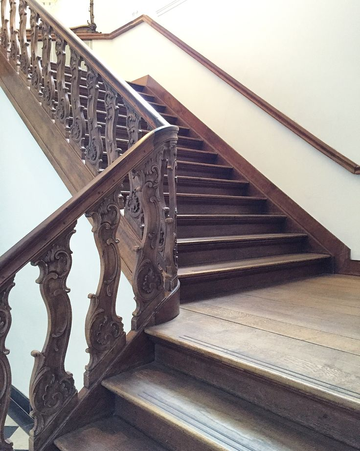 Beautiful Antique Staircase With Intricate Banister.