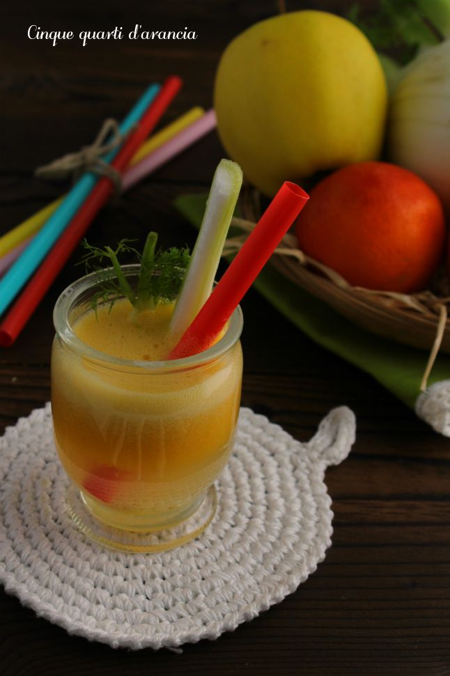 centrifugato arance mele e finocchio