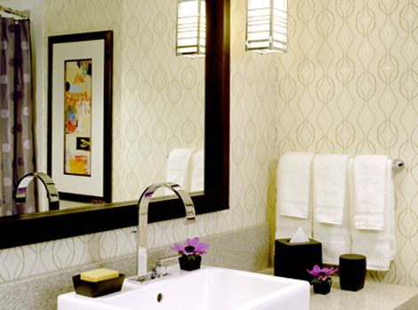 Best 25 small bathroom wallpaper ideas on pinterest for Thick bathroom wallpaper