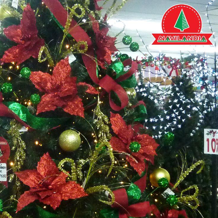 A la hora de decorar tu Árbol de Navidad ten en cuenta elementos sencillos que son sorprendentemente decorativos y decoran el árbol. ¿Cómo qué? Flores de Pascua, también llamadas en inglés Pointsettias. 💖🍁🎅 #VentaArbolesDeNavidadColombia #VentaArbolesDeNavidadCali #VentaArbolesDeNavidadMedellin
