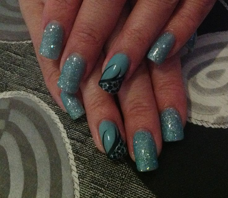 Turquoise glitter with nail art