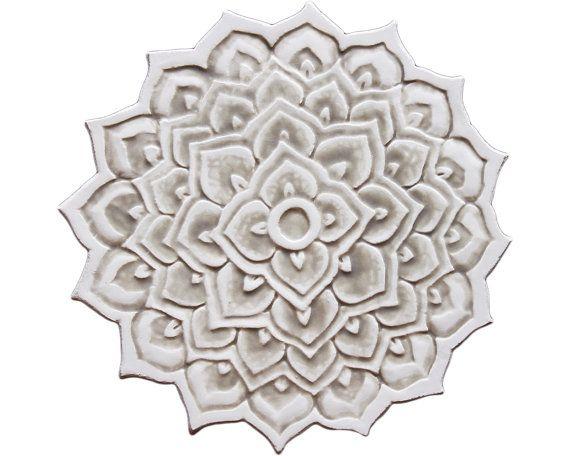 Keramische tegels kunst aan de muur met mandala ontwerp