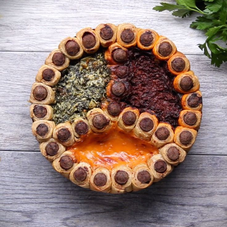 Pigs In A Blanket Party Dip Ring