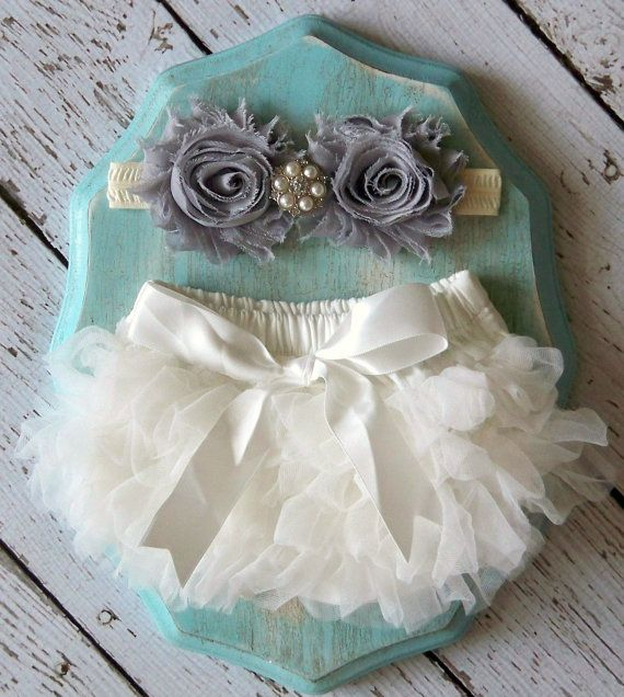 Baby Girl TuTu Bloomers Chiffon Ruffle Diaper Cover Grey Ivory Headband Set 0 3 6 9 12 18 months Photography Prop Newborn Take home outfit