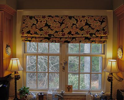 Faux Roman Shade Tutorial - no sewing - just folding over tension rods!  So easy for a window where you don't actually need to use the shade, but want the look (like my kitchen window)  :)