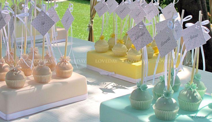 tableau de mariage cake pops, by Loveday