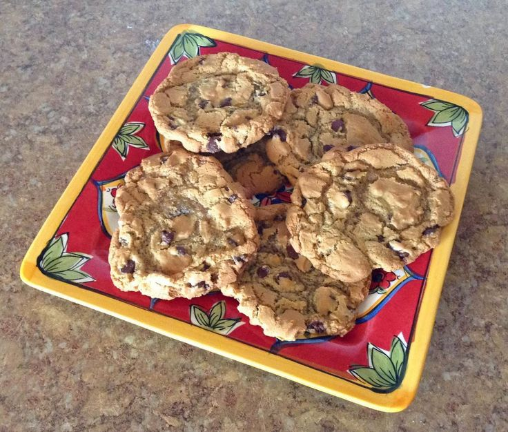 Paradise Bakery style chocolate chip cookies recipe. So close to the real thing! Oh so delicious!