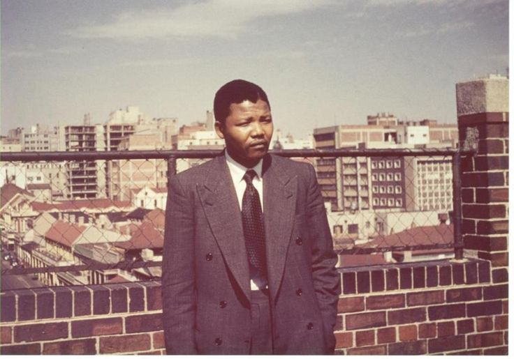 Nelson Mandela on the roof at Kholvad House. Photograph courtesy of Ahmed Kathrada