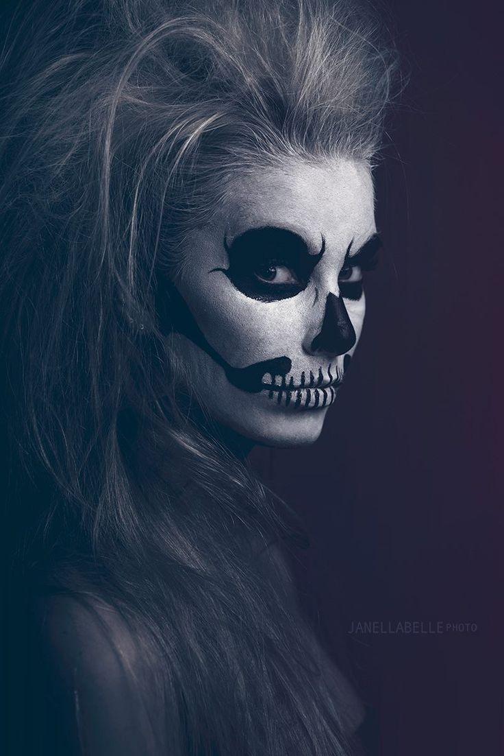SKull Makeup -Creative Photography