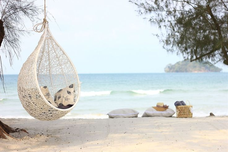 White Boutique Hotel in Sihanoukville Cambodia - The White boutique hotel in Otres 2 beach hotel & resort in Sihanoukville Cambodia.