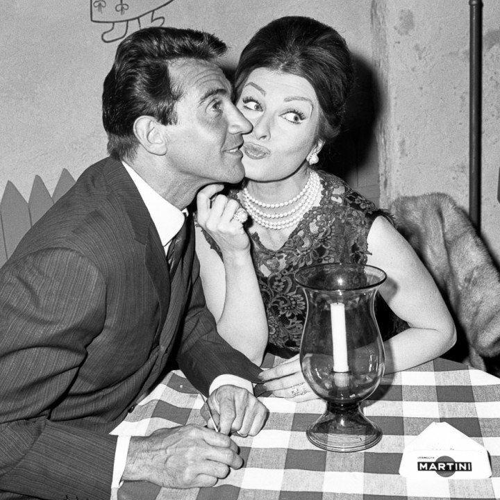 """Walter Chiari e Silvana Pampanini, """"Mariti a congresso"""" 1961"""