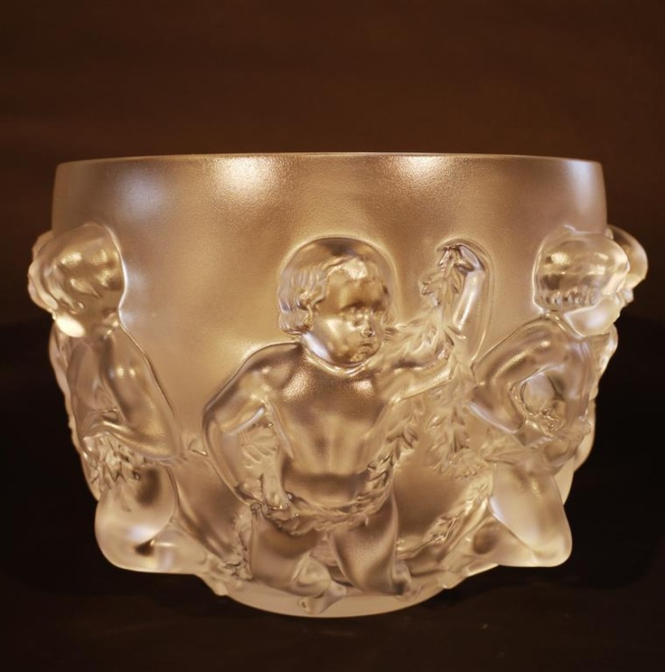 Signed Lalique Luxembourg Crystal Center Cherub Bowl 12227